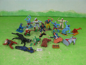 vintage cherilea timpo & other mixed plastic pirates mixed lot figures 1661