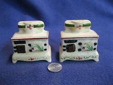 Vintage Antique Wood Stove Salt and Pepper Shakers Ceramic         74