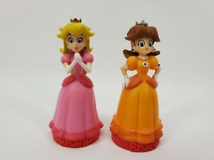 Super Mario Brothers Chess 2009 piece Replacement PARTS, Bishop Peach Daisy