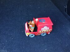 """SCOOBY DOO IN FIRE ENGINE ACTION FIGURE/TOY - 4"""" TALL"""