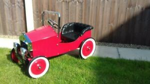 PEDAL CAR VINTAGE 1933 STYLE CHILDS TOY SUIT 3/4 YEARS NEVER USED SUPERB