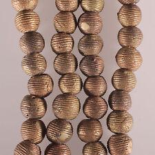 8125a Collier composé de perles de laiton Akan. cire perdue