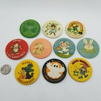 """Lot Of 10 Vintage Hallmark Cards Holiday Buttons - 2 1/4"""""""