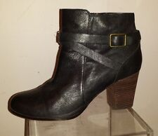 COLE HAAN Black Leather Strap Ankle Booties, size 10B, 280