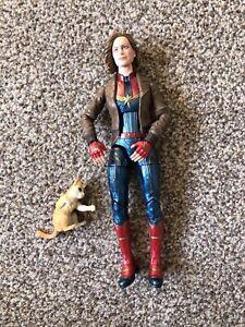 "Marvel Legends Captain Marvel Avengers 6""  Hasbro Carol Danvers & Goose figure"