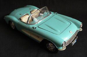 Voiture Miniature - Burago - Chevrolet Corvette 1957 - 1/18