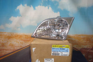 Headlight Venture Montana Silhouette Halogen Capsule GM LH Driver 16530509  Y1