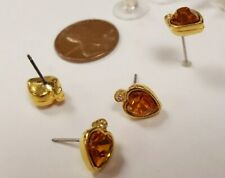 PAIR VINTAGE GOLD PLATE AUSTRIAN CRYSTAL HEART RHINESTONE STUD EARRINGS  S771