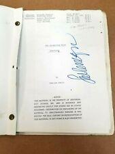 ORIGINAL INCREDIBLE HULK TV SCRIPT - 1981 AUTOGRAPHED LOU FERRIGNO VINTAGE - JSA