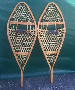 Lovely Vintage SNOWSHOES 42x14 Snow Shoes w/ LEATHER BINDINGS