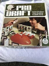 Vintage PRO DRAFT NFL Football Game parker brothers w/ 1974 Topps cards,4 Player