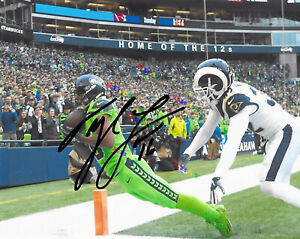 Seattle Seahawks #16 TYLER LOCKETT  Signed 8x10autographed photo Reprint