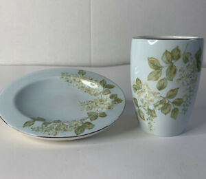 New Beautiful Croscill Tumbler And Soap Dish.Light Blue, Green/gold/white Flower