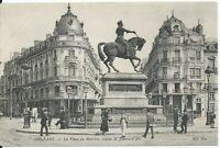 CPA-45-ORLEANS - La place du Martroi, statue de Jeanne d'Arc