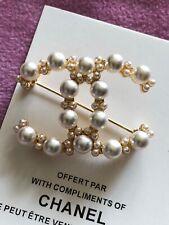 Gorgeous rarevip pearls brooch x 1pcs rare   BN
