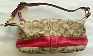 Coach Small Signature C Handbag | D0867-41642