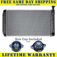 Radiator With Cap For Chevy Gmc Fits Express Savana Van 4.3 5.0 5.7  8Cyl 2044WC