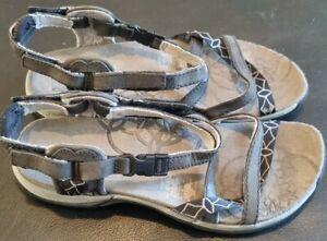 Merrell Jacardia Performance Footwear Sandals - Size 3 - J57598 QForm AirCushion