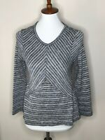 Chico's Size 0 Black White V-Neck Long Sleeve Stripe Chevron Sweater Women's