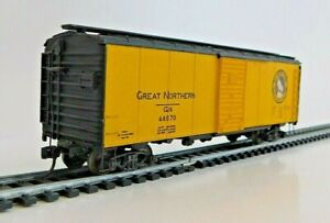 Roundhouse 602 - 40' Box Car - Great Northern 44070  *All Metal Car* - HO