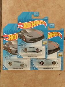 Hot Wheels 2020 HW Factory Fresh Lamborghini Huracan x 3!!