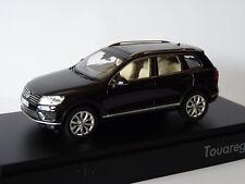 1 43 Herpa VW Touareg 2015 Blackmetallic