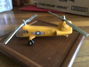 Hubley Kiddie Toy Diecast Metal Yellow US Military Chinook Toy Helicopter Box