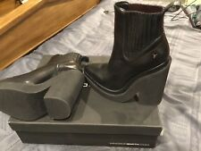BNWT Windsor Smith Boots Size 7.5