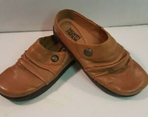 EARTH SHOE KALSO CAMEL BROWN LEATHER  5.5 EUC