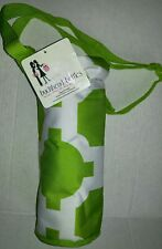 Buckhead Betties Insulated Single Bottle Wine Green & White Tote Shoulder Strap
