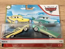 VOITURE DISNEY PIXAR CARS Blue desert Nicky B et Flo