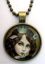 Medaillon Vintage + Chaine bronze / Medallion +Chain necklace/ Retro Paint girl