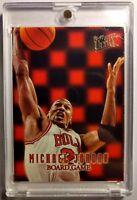 MICHAEL JORDAN 1996 FLEER ULTRA #7 BOARD GAME INSERT CARD CHICAGO BULLS MJ