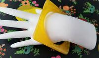 Marbled YELLOW Square Lucite Bangle Bracelet Retro Geometric Mustard VTG Vintage