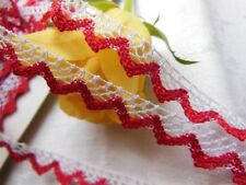 dentelle  vintage rouge  et blanche 3 mètres sur 1 cm