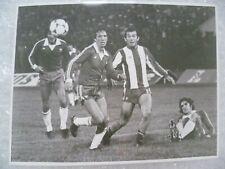 More details for press photo 1981 world cup qualifying - mario soto kiesse rodolfo dubo l garrida