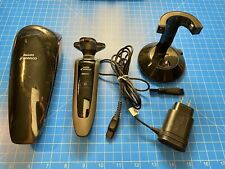Philips Norelco Arcitec Shaver, With Charging Case And Stand