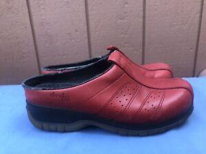 Dansko Sport 39 US 8.5 - 9 Red Slip On Mules Open Back Comfort Clogs Shoes A8