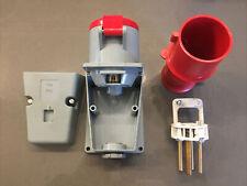 MK 32A 3 Phase Wall Socket And Plug IP44