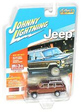 """Johnny Lightning Classic Gold Collection 1981 Jeep Wagoneer Burgundy """"MOC"""""""