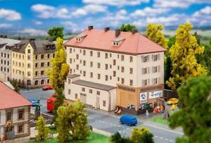 282795 Faller Z Scale 1:220 Kit of Kandelhof Cinema - NEW 2020