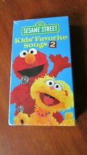 """New listing Sesame Street """"Kids' Favorite Songs 2"""" VHS.  Color, Stereo, CC, Approx. 45 Mins."""