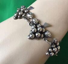 Vintage Mexico Silver 7 Bunches Of Grapes Bracelet 15.8 grams 7'' L X 7/8'' W