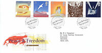 2 MAY 1995 PEACE AND FREEDOM ROYAL MAIL FIRST DAY COVER BUREAU SHS (x)
