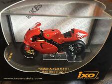 IXO Yamaha YZR M1 #3 Max Biaggi 2002 Moto GP 1:24 Diecast RAB033