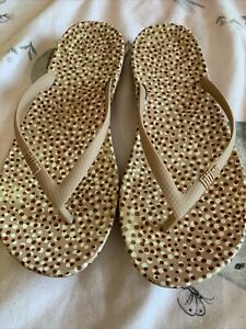 Fitflop Iqushion Ergonomic Women Rubber Flip Flops In Light Brown UK Size 6