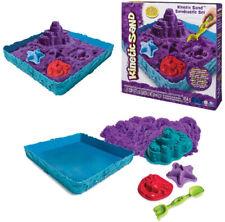 Spin Master Kinetic Sand Box Set farblich sortiert mit Wanne und Förmchen