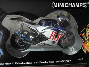 Valentino Rossi: MINICHAMPS 1/12 YAMAHA M1 2009 FIAT TEAM