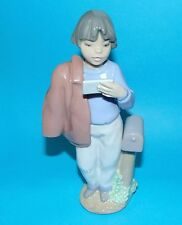 Nao by Lladro Figurine  ' results ' #1227 ornament 1st quality BOXED