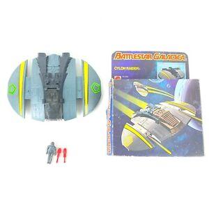 Battlestar Galactica Cylon Raider Firing Missiles Mattel 1978 with box Vintage